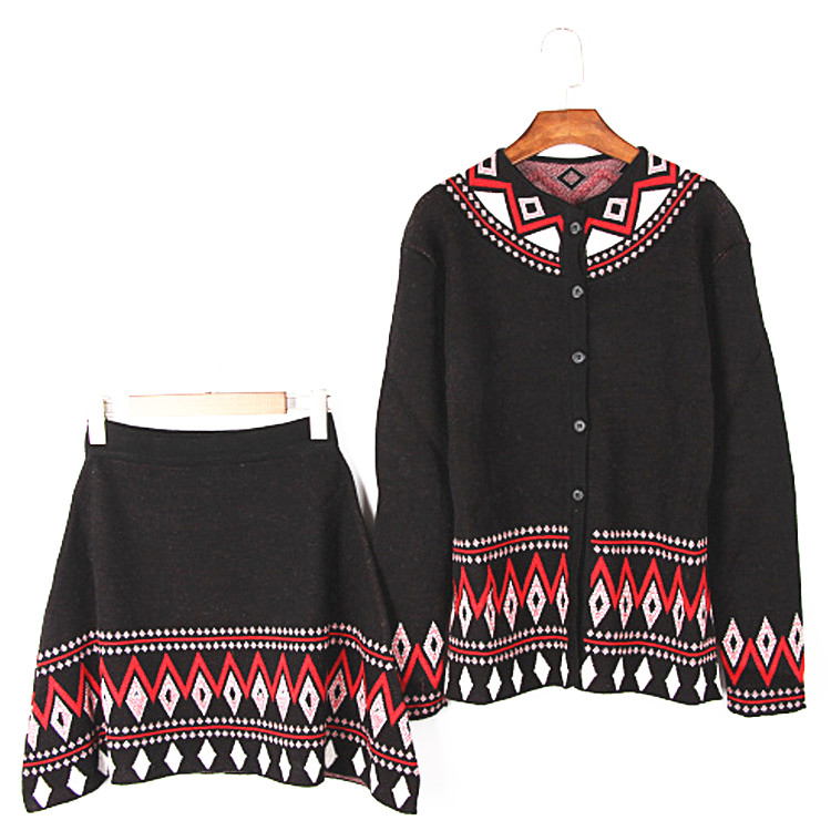 Drop shipping latest fall design RetroStyle knitted jacquard women clothing sets