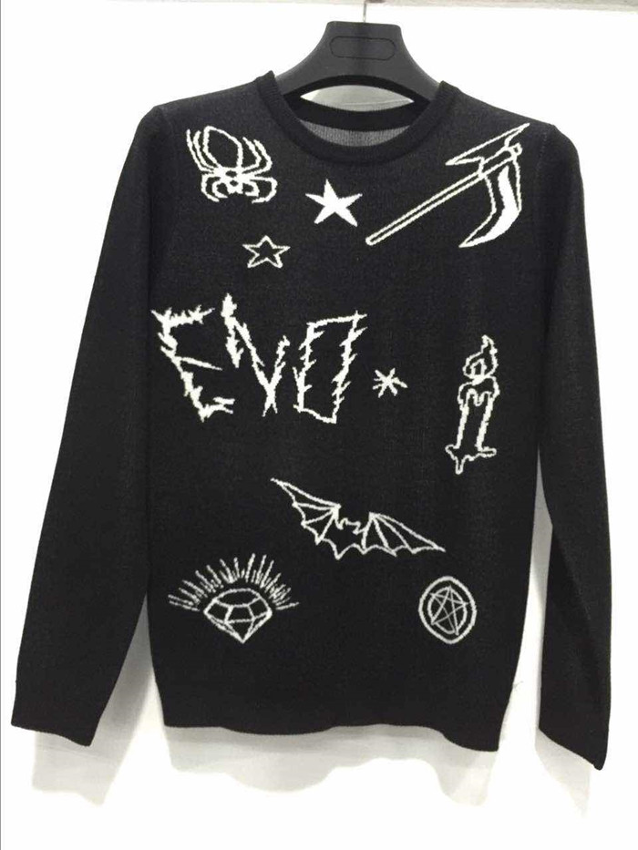 Fashion knitted pattern black crew neck man sweater