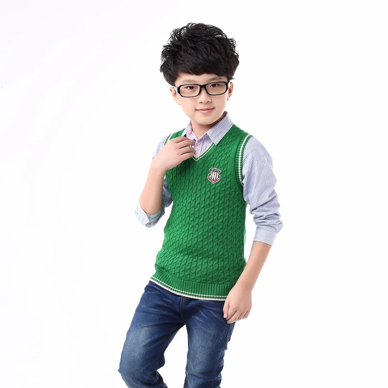 Fashionable kids knitwear fall collection cable sweater design green color boys vest V-neck little sweater
